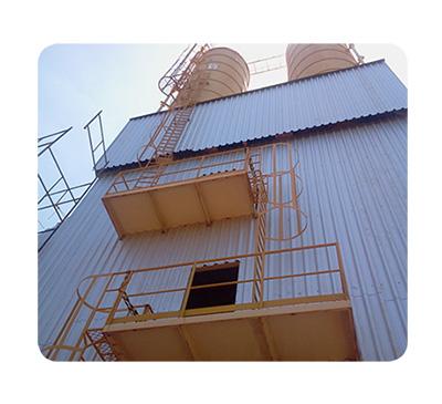 Escada e guarda corpo para silo